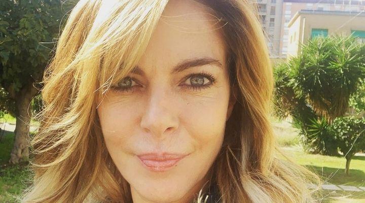 Claudia Gerini chi è: età, carriera e vita privata dell'attrice, protagonista al cinema e in televisione