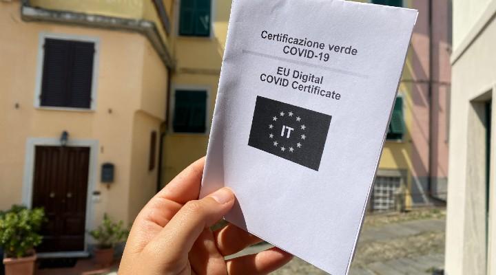 Green Pass dopo la terza dose: come cambierà il certificato verde e per quanti mesi sarà valido