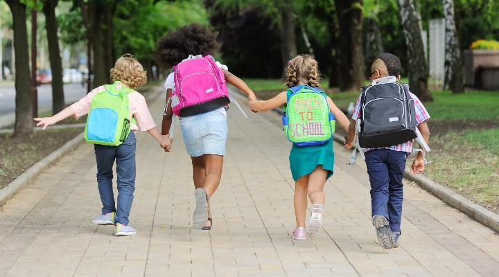Assegno unico per i figli, il decreto attuativo passa al Cdm: i dettagli sul nuovo aiuto per le famiglie