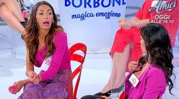 """Lite tra Dame a Uomini e Donne, Marika attacca Ida Platano: """"Ti brucia"""". Commento puntata 8 ottobre"""