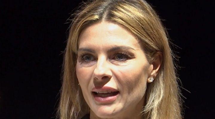 Martina Colombari positiva al Covid-19, l'ex Miss Italia condivide le sue condizioni di salute: il post