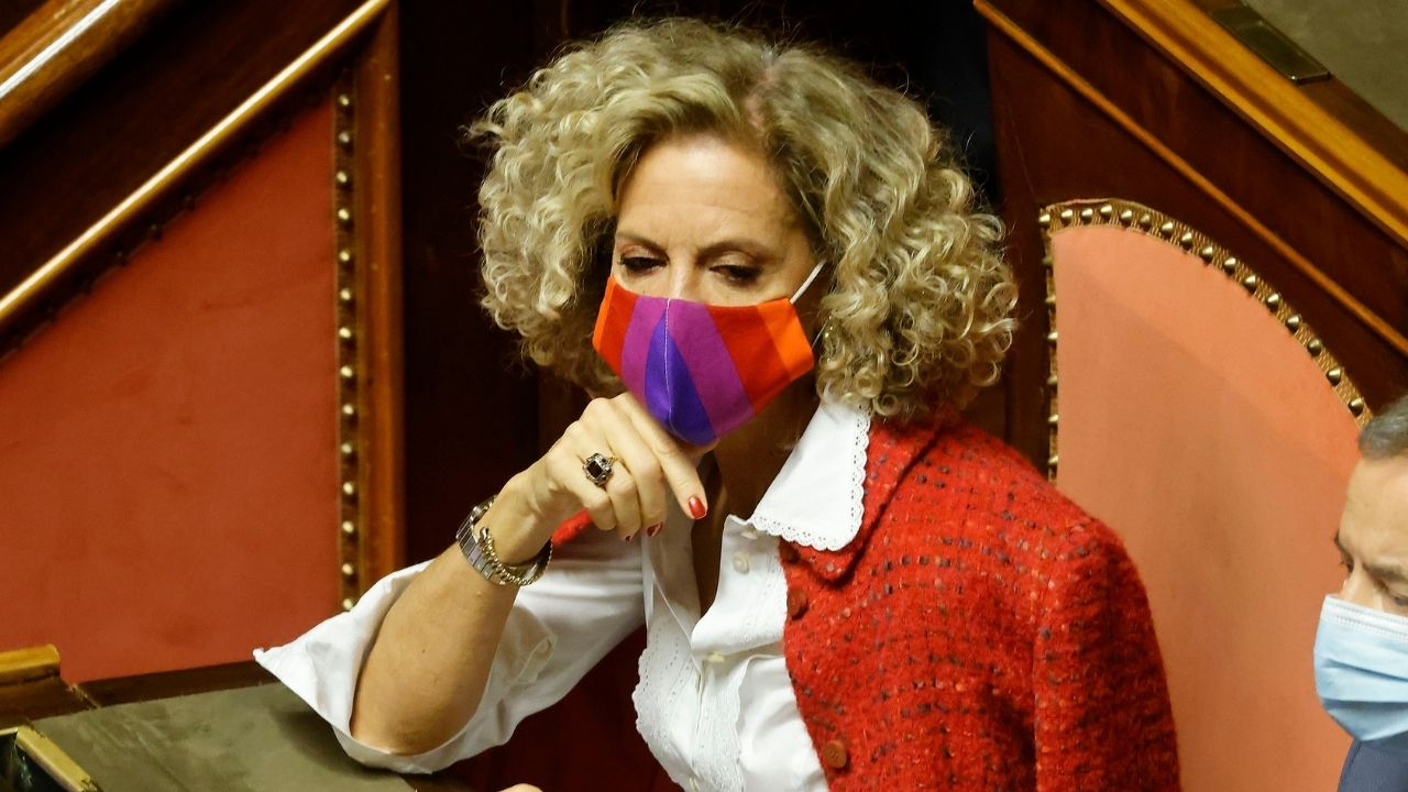 """Monica Cirinnà oggi in piazza per il Ddl Zan: """"Risposta al brutto spettacolo che il Senato ha offerto"""""""