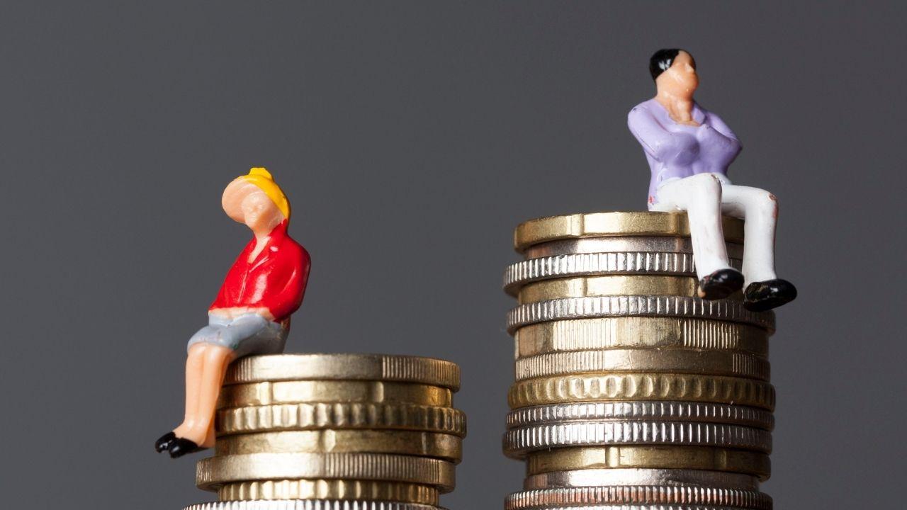 La parità salariale è legge: c'è l'approvazione del Senato al testo unificato. Un passo avanti per l'Italia