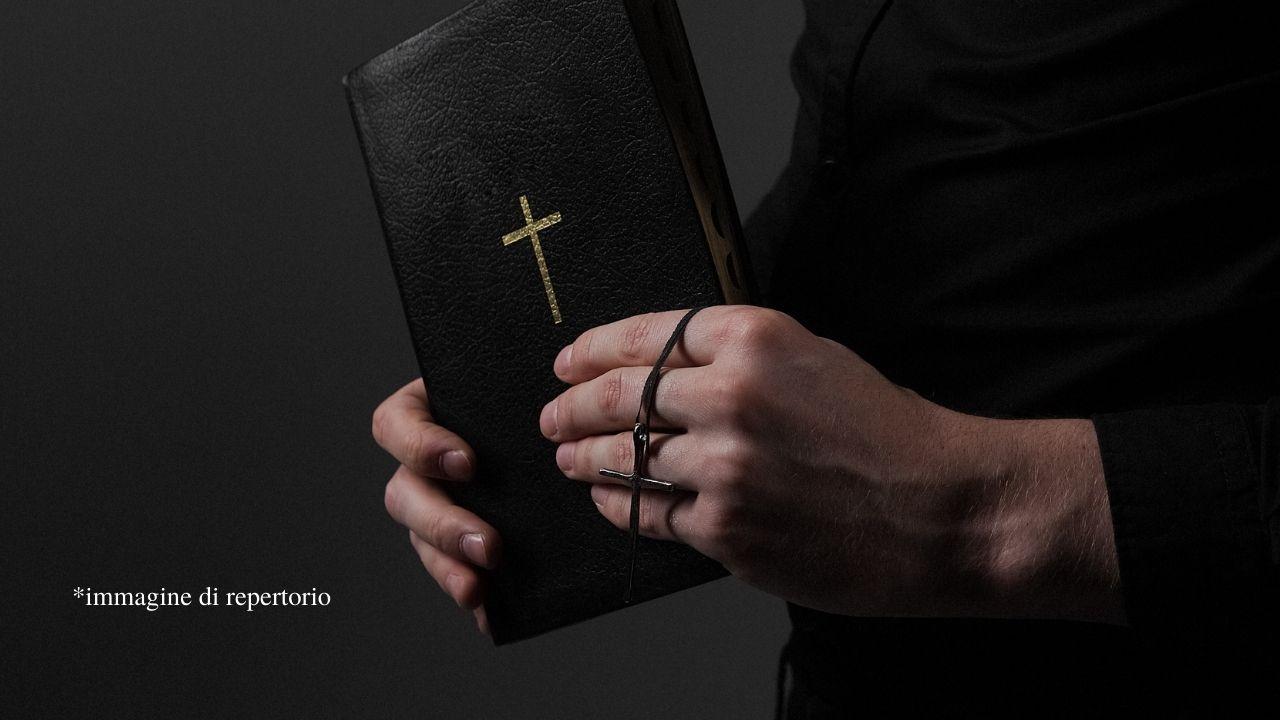 216mila vittime di abusi sessuali da parte della Chiesa di Francia dal 1950: pubblicato il rapporto ufficiale