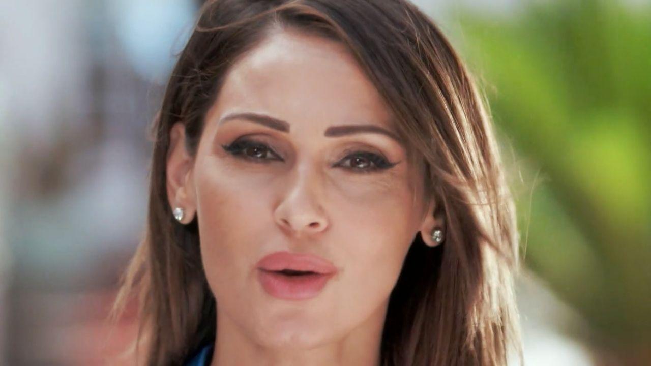 Anna Tatangelo debutta con Scene da un matrimonio: pioggia di critiche per il programma della cantante