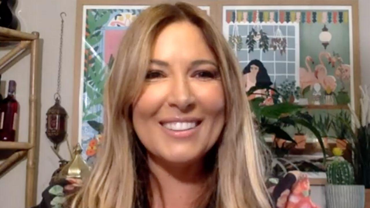 Selvaggia Lucarelli: gaffe su Instagram per Domenica In, poi la frecciatina a Barbara d'Urso
