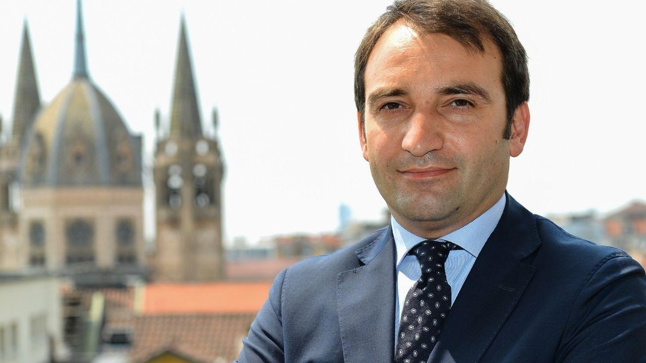 Stefano Lo Russo è il nuovo sindaco di Torino. Docente, sostenitore dell'ambiente, ha vinto il ballottaggio