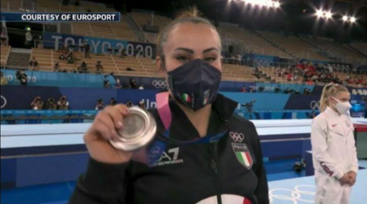 """Vanessa Ferrari si racconta a Verissimo: """"È stato difficile"""". Le rivelazioni della campionessa olimpica"""